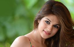 shraddha das midnight prank with auto driver