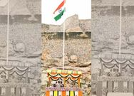 KCR hoists national Flag at Golconda Fort