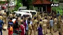 Video Sabarimala row: Angry Protesters attacks on women Journalists