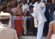 KCR took blessings from chinajiyar swamy