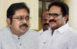 thiru removed from con president