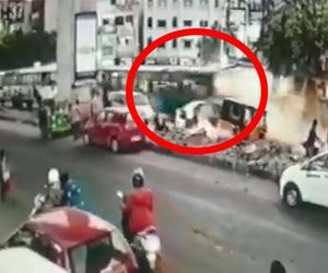 Telangana State Road Transport Corporation bus hit car, auto rickshaw, Accident caught on CCTV