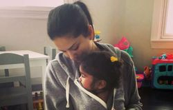 sunny leone with daughter