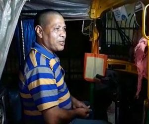 Auto driver returned eighty one thousand rupees to passenger in Ultodanga