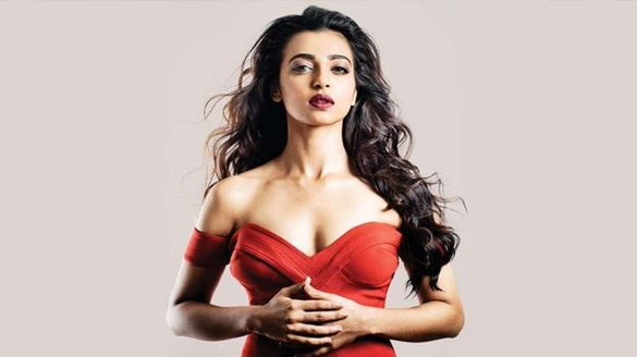Hot Beauty Radhika Apte reveals interesting fact about her Marriage