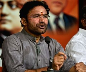 union Minister kishan reddy sensational comments on telugu people