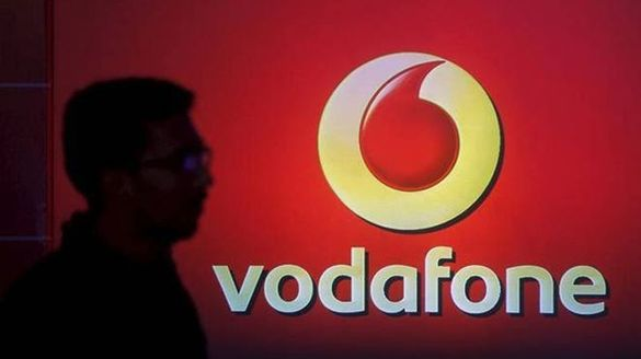 Shocking Vodafone Comes Close To Bankruptcy Over Rs 1 47 Lakh Cr AGR Dues