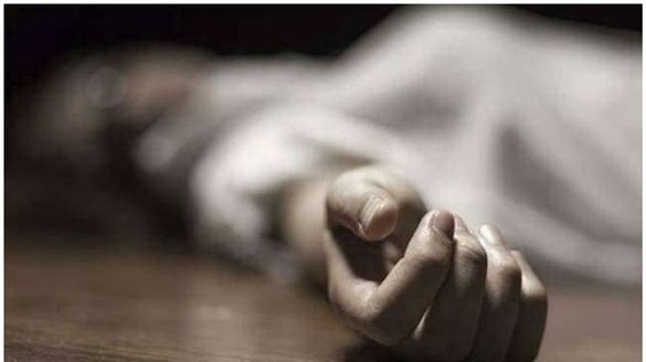 husband stabs wife to death in thrissur