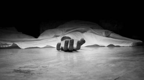 villagers cremated old woman body in peddapalli district due to coronavirus scare