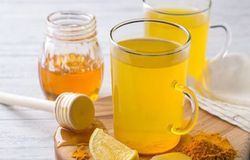 <p>turmeric lemon ginger drink for immunity</p>