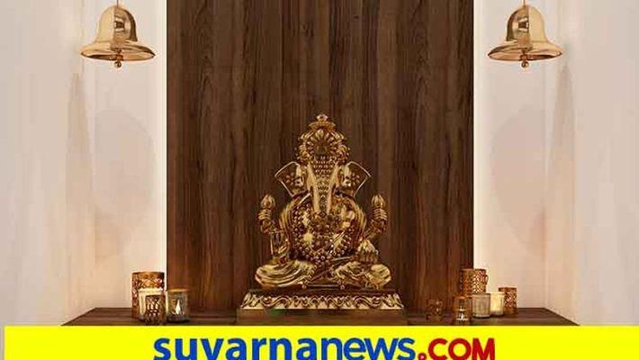 575 Ganesha Idols Pooja in oNe Family House At Ballary