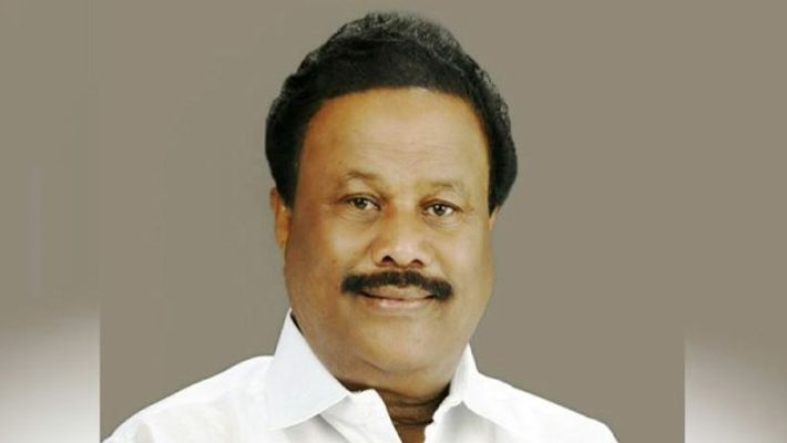 Dinakaran started a new party with robbed money - said Dindigul Srinivasan ...
