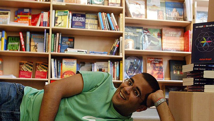 Is Chetan Bhagat One Indian Girl copied from one Bengaluru writer short story